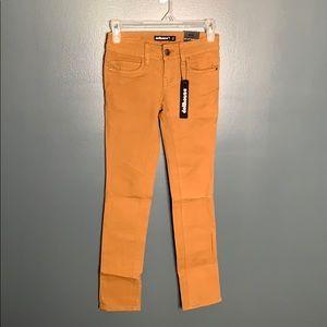 NWT Dollhouse tan Charley Skinny Jeans